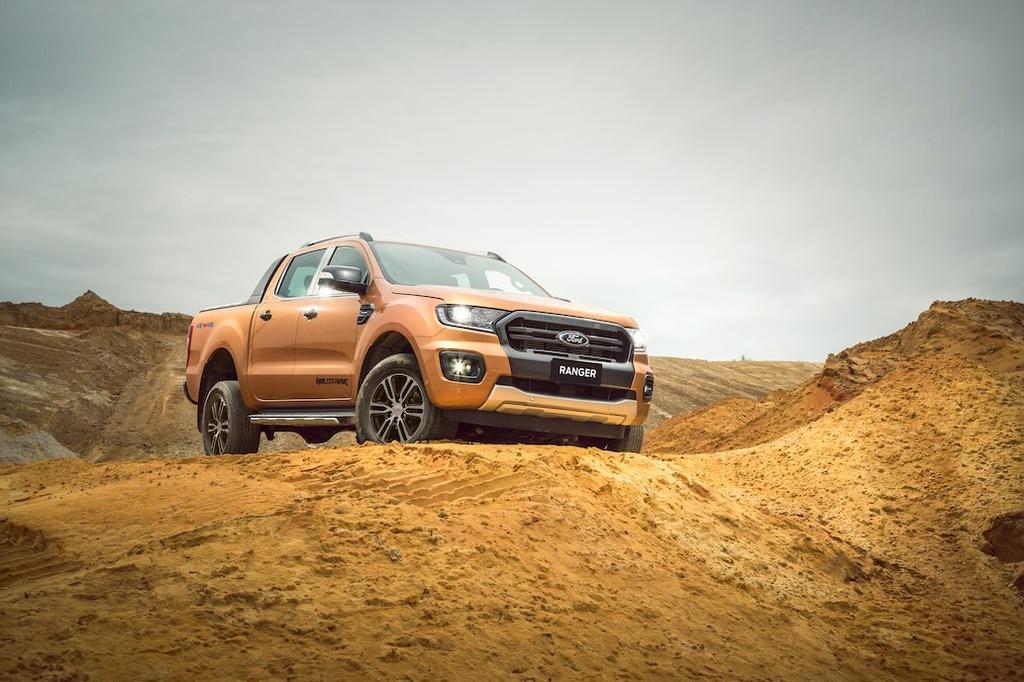 Ford Ranger va Everest moi ra mat tai VN - nang cap nhe, gia khong doi hinh anh 4 aFord_Ranger_02.jpg