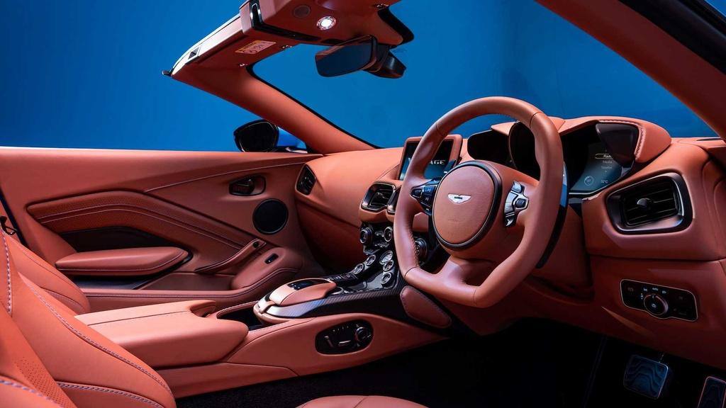Aston Martin ra mat xe mui tran Vantage Roadster hinh anh 7 2021_aston_martin_vantage_roadster_11_.jpg