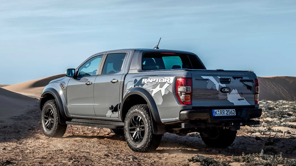 Ford Ranger Raptor V8 2021 co the manh 709 ma luc anh 2