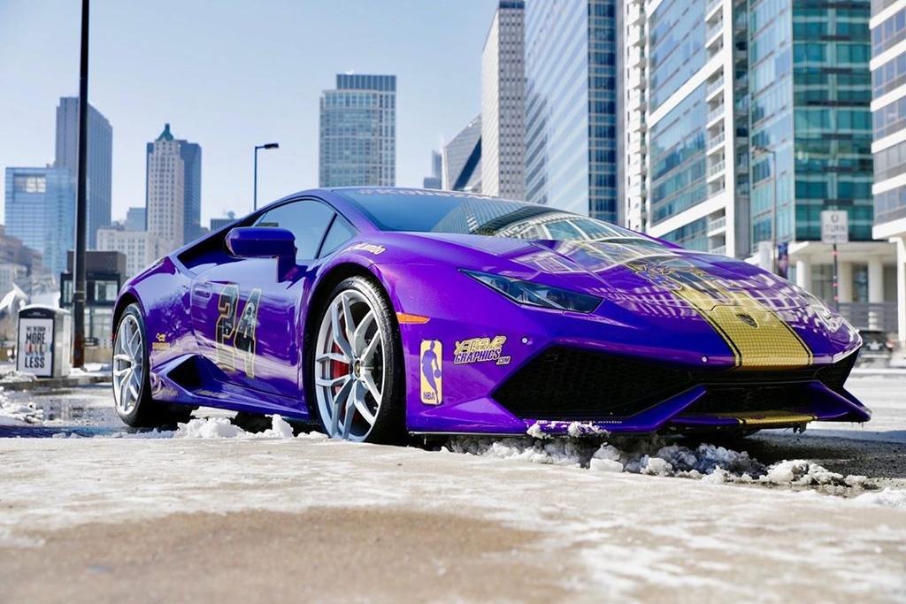 Lamborghini Huracan tuong niem Kobe Bryant anh 11