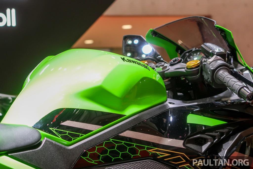 Kawasaki Ninja ZX-25R sap ra mat Dong Nam A, de doa Honda CBR250RR hinh anh 6 Kawasaki_Ninja_ZX_25R_Tokyo_Motor_Show_2019_ENG_16.jpg