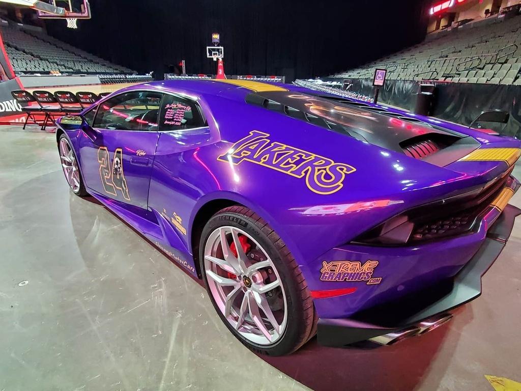Lamborghini Huracan tuong niem Kobe Bryant anh 3
