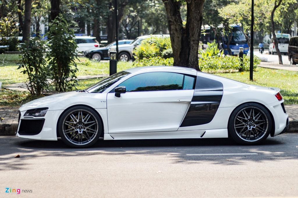 Audi R8 doi cu hoa phien ban V10 voi goi do ngoai that ham ho o TP.HCM hinh anh 3 IMG_9369_zing.jpg