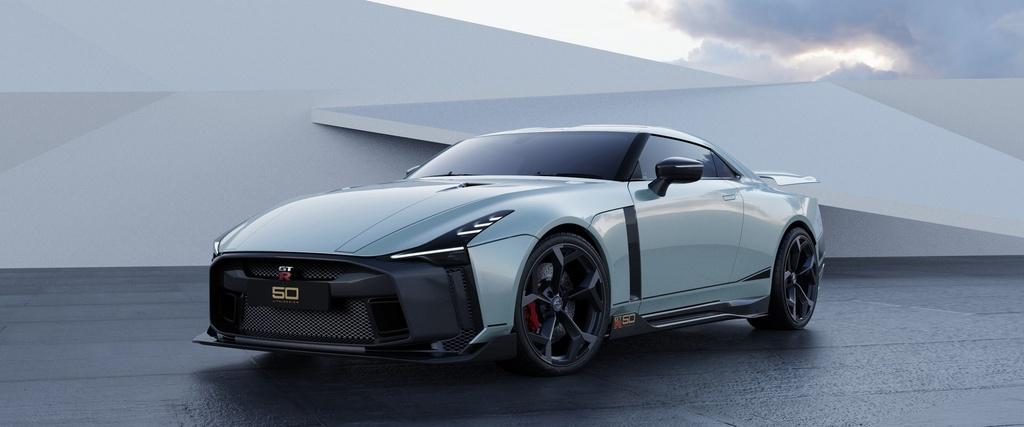 Ban san xuat Nissan GT-R50 ra mat anh 1