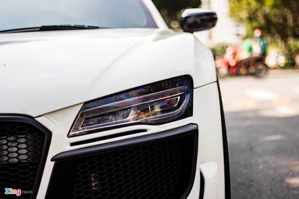 Audi R8 doi cu hoa phien ban V10 voi goi do ngoai that ham ho o TP.HCM hinh anh 5 IMG_9331_zing.jpg