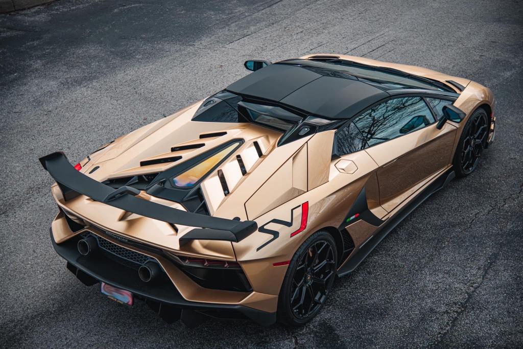 Nguoi Viet dau tien tau Lamborghini Aventador SVJ Roadster hinh anh 9 LamSVJ_2.jpg