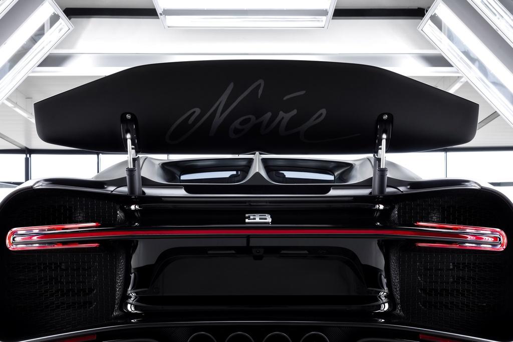 Chiec Bugatti Chiron thu 250 ra doi, chi con 250 chiec cuoi hinh anh 9 bugatti_chiron_noire_sportive_10.jpg