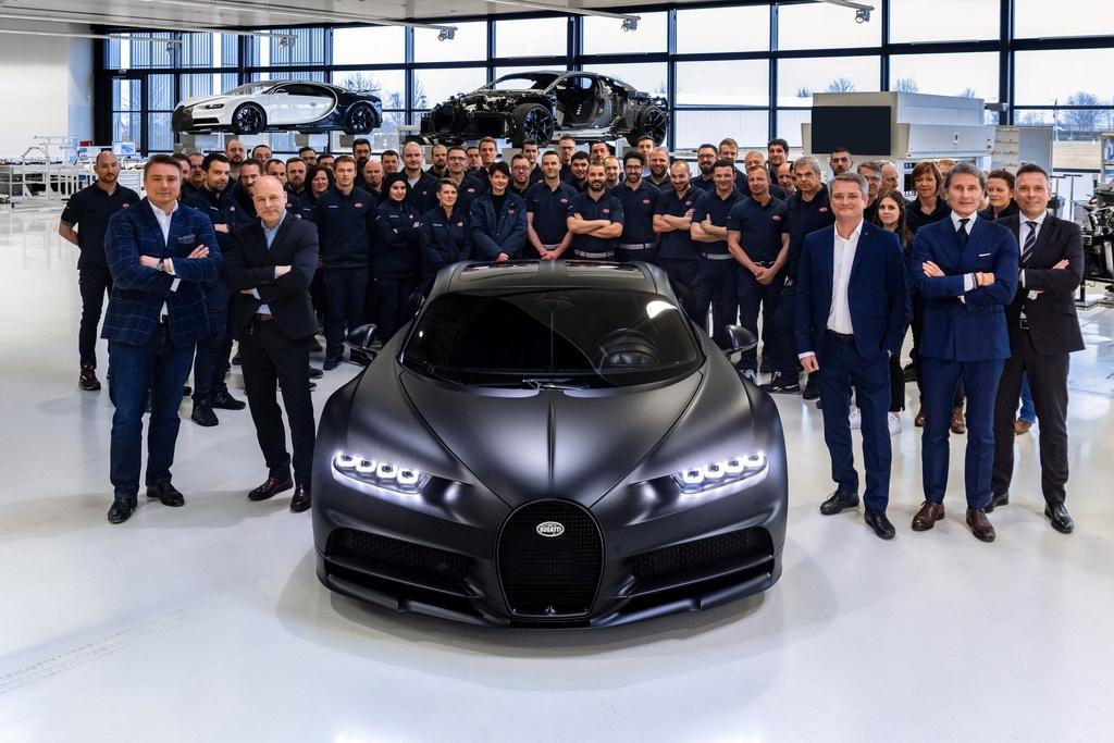 Chiec Bugatti Chiron thu 250 ra doi, chi con 250 chiec cuoi hinh anh 1 bugatti_chiron_noire_sportive_7.jpg
