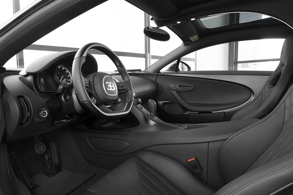 Chiec Bugatti Chiron thu 250 ra doi, chi con 250 chiec cuoi hinh anh 8 bugatti_chiron_noire_sportive_9.jpg