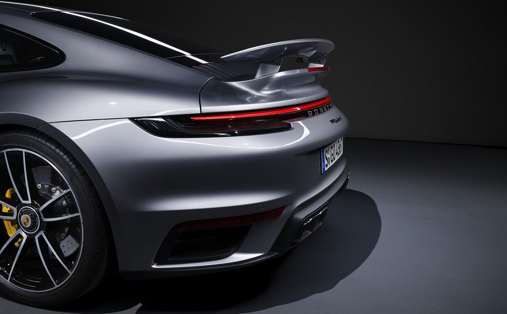 Porsche 911 Turbo S 2020 anh 4