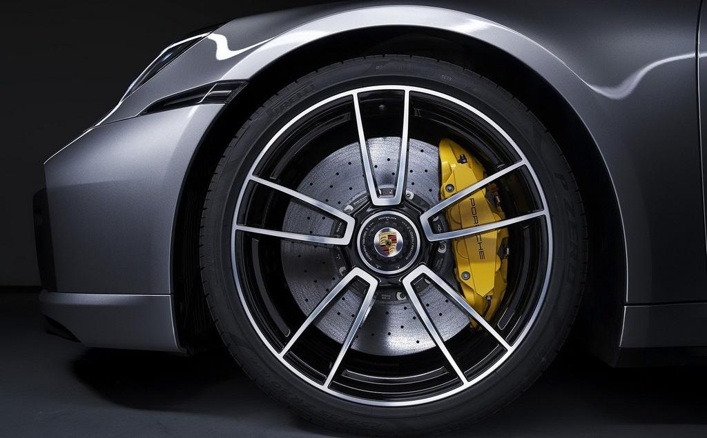 Porsche 911 Turbo S 2020 anh 6