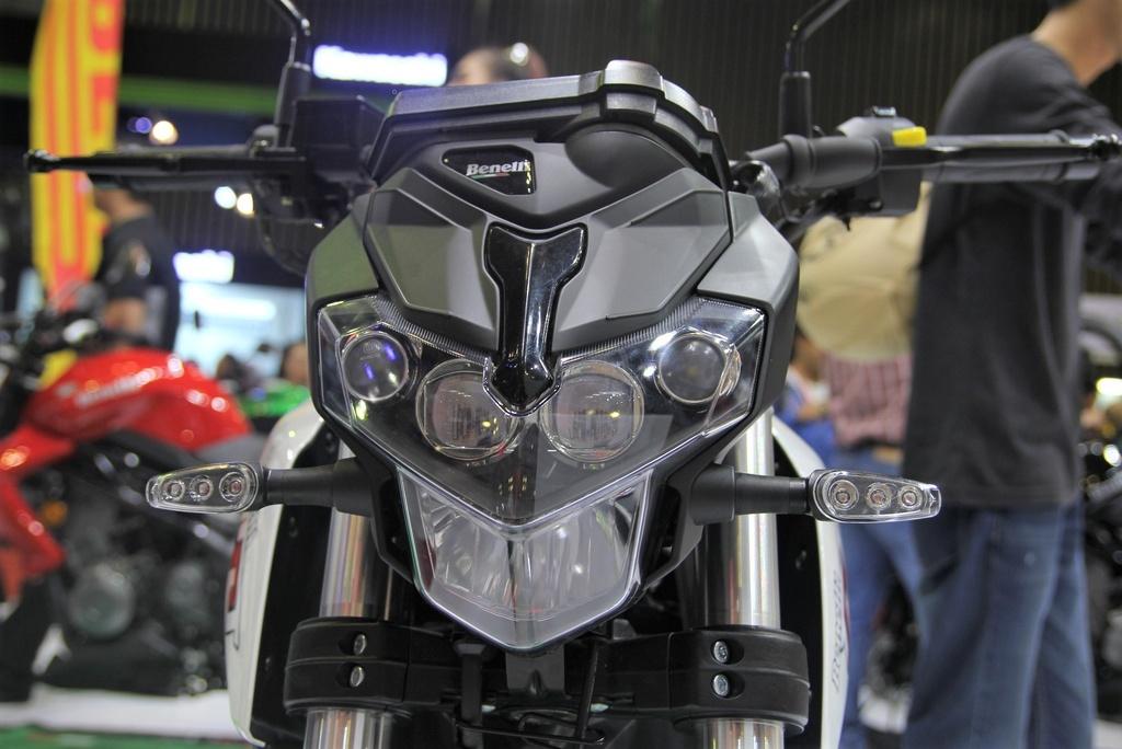 Benelli TNT 135 2020 co them mau neon la mat, doi thu cua Honda MSX hinh anh 4 Benellia.jpg