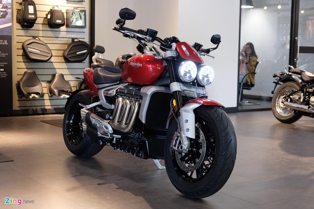 So sanh Triumph Rocket 3 voi Ducati Diavel 1260 anh 17