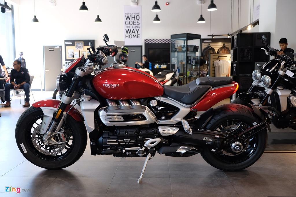 So sanh Triumph Rocket 3 voi Ducati Diavel 1260 anh 3