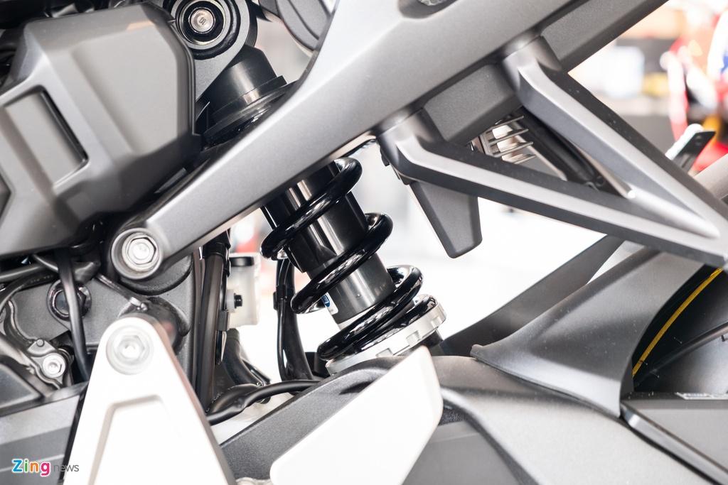 Chi tiet Honda CB1000R 2020 gia 468 trieu tai VN hinh anh 7 DSCF1289_zing.jpg