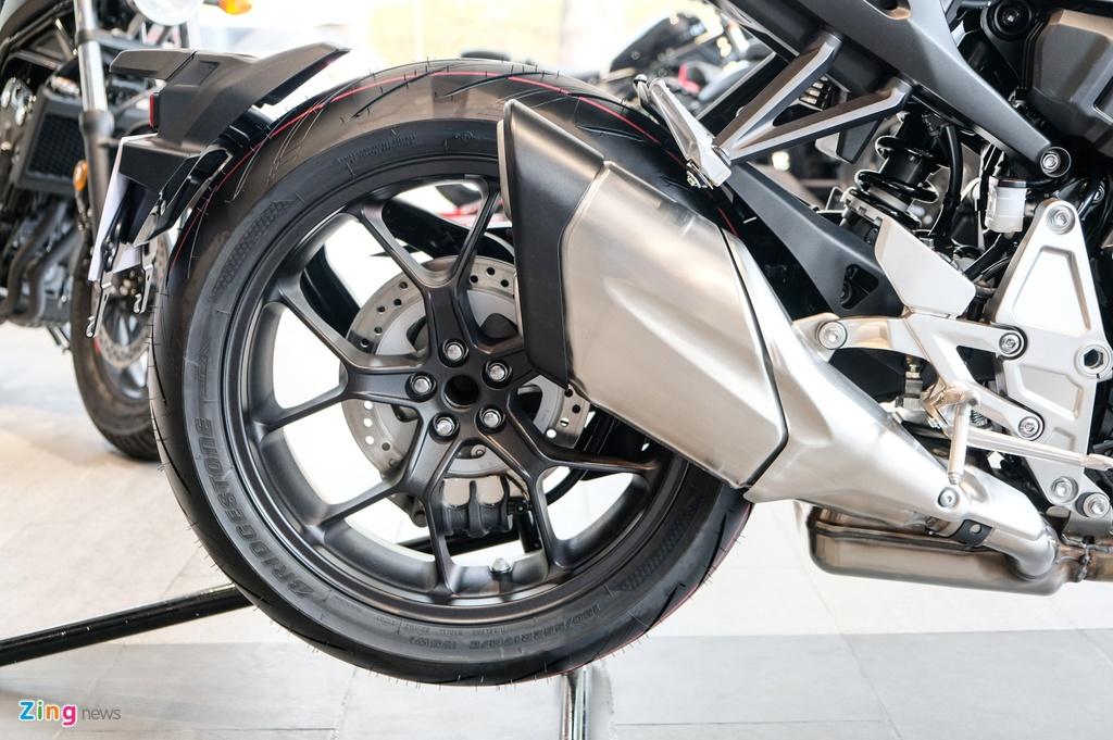 Chi tiet Honda CB1000R 2020 gia 468 trieu tai VN hinh anh 13 DSCF1301_zing.jpg