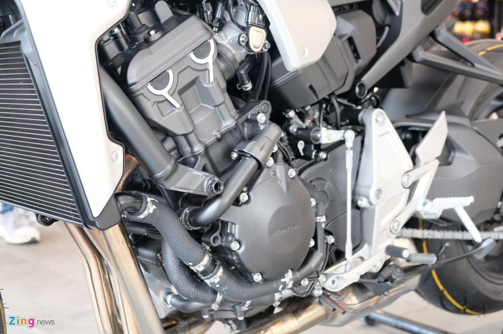 So sanh Kawasaki Z1000 R va Honda CB1000R anh 16
