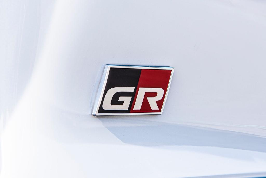 Toyota GR Supra 2.0 Fuji Speedway - ghe chinh co, gioi han 250 km/h hinh anh 11 2020_Toyota_GR_Supra_2.0_Fuji_Speedway_Edition_European_spec_35.jpg