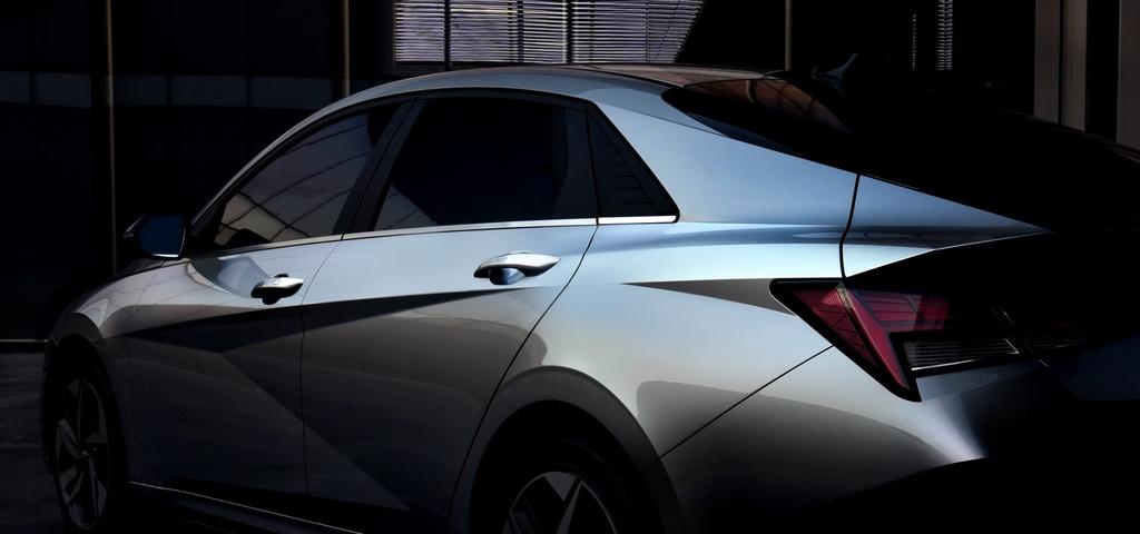 Hyundai Elantra 2021 ra mat, Mazda3 nen e de hinh anh 10 2021_Hyundai_Elantra_17.jpg
