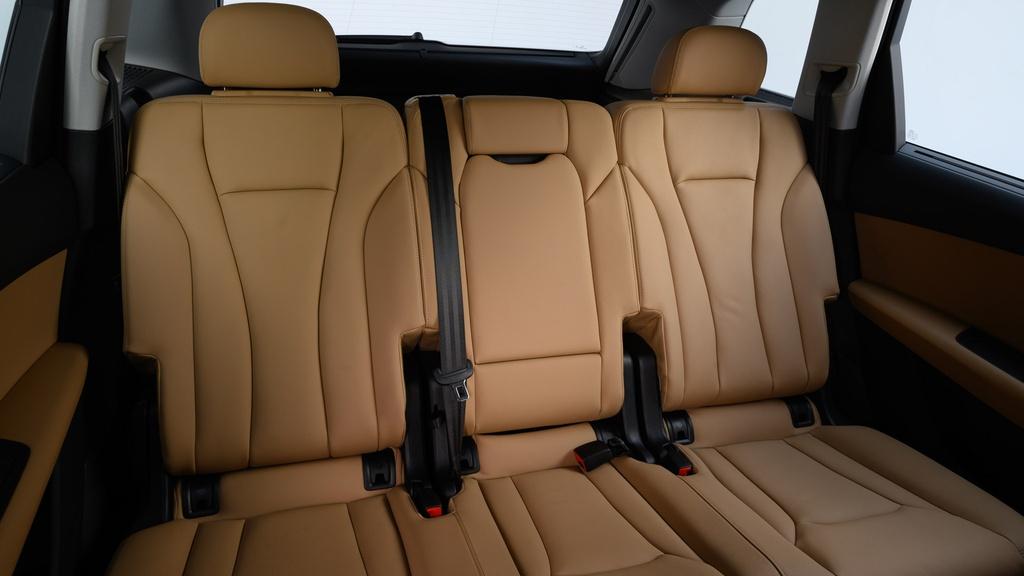 Audi Q7 2020 ra mat tai Thai Lan, co the sap ve Viet Nam hinh anh 10 2020_Audi_Q7_facelift_Thailand_10.jpg