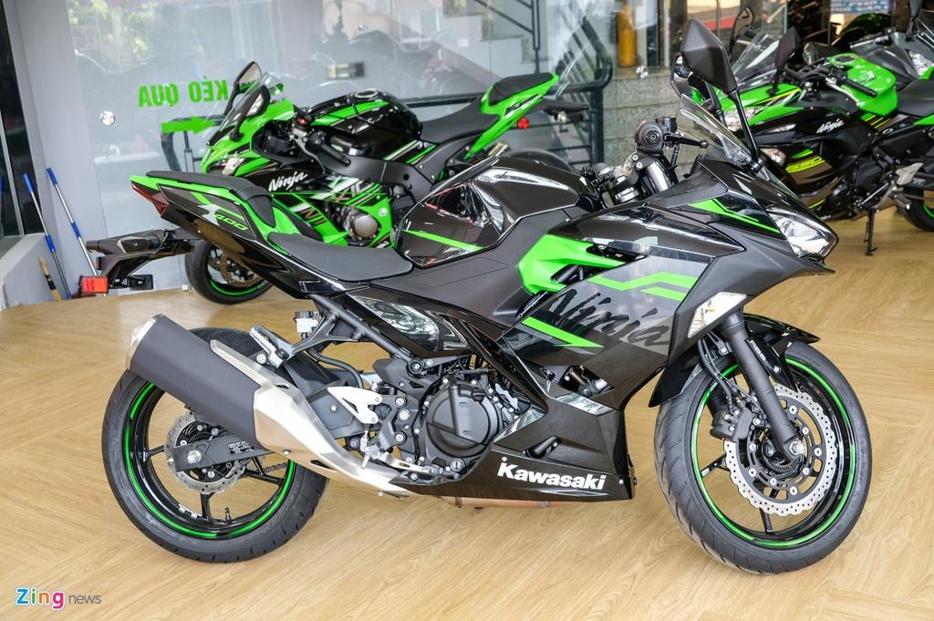 Kawasaki Ninja 400 KRT anh 12