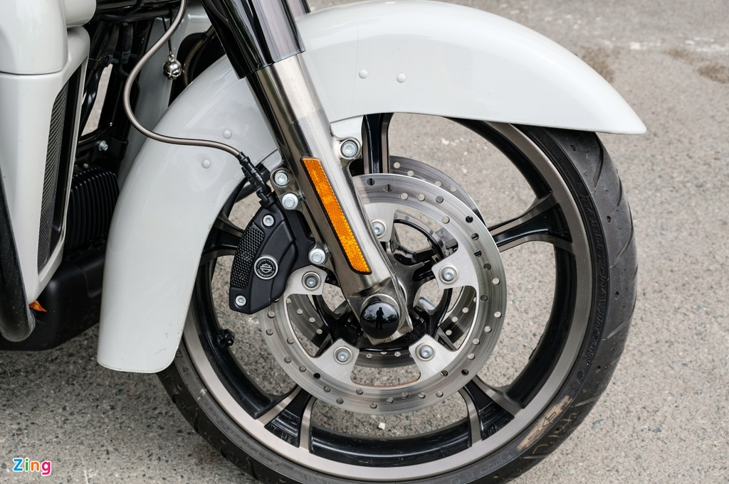 Harley-Davidson CVO Limited 2020 gia 2, 2 ty anh 13