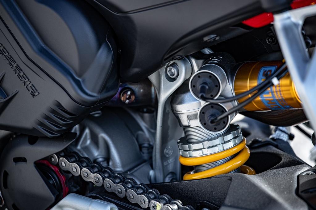 Ducati Streetfighter V4 2020 ra mat online tai My, gia tu 20.000 USD hinh anh 13 DUCATI_STREETFIGHTER_V4S_AMBIENCE_14_UC152977_Mid.jpg