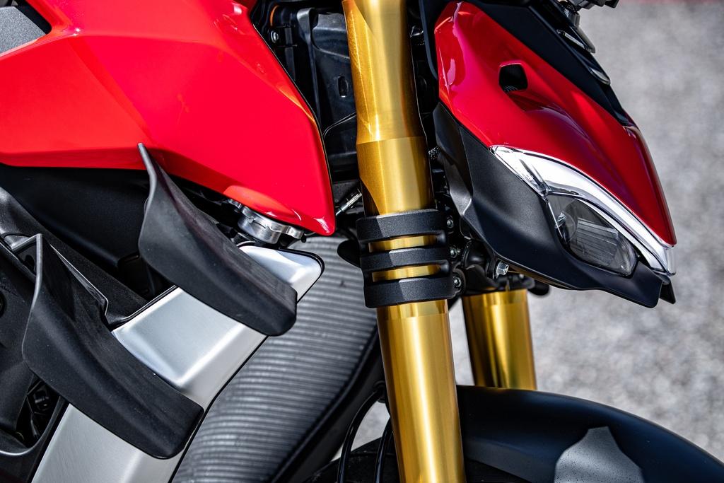 Ducati Streetfighter V4 2020 ra mat online tai My, gia tu 20.000 USD hinh anh 8 DUCATI_STREETFIGHTER_V4S_AMBIENCE_25_UC152950_Mid.jpg