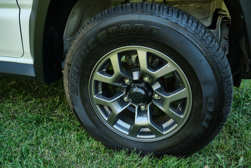 Suzuki Jimny 5 cua se ra mat vao cuoi nam, su dung dong co 1.5L hinh anh 7 Suzuki_Jimny_review_2_21.jpg