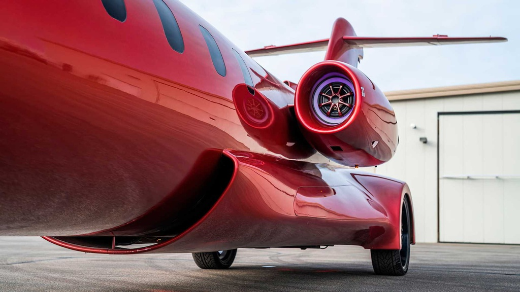 Limousine trong than xac may bay gia hon 1 trieu USD hinh anh 7 lear_based_custom_limo_jet_19_.jpg
