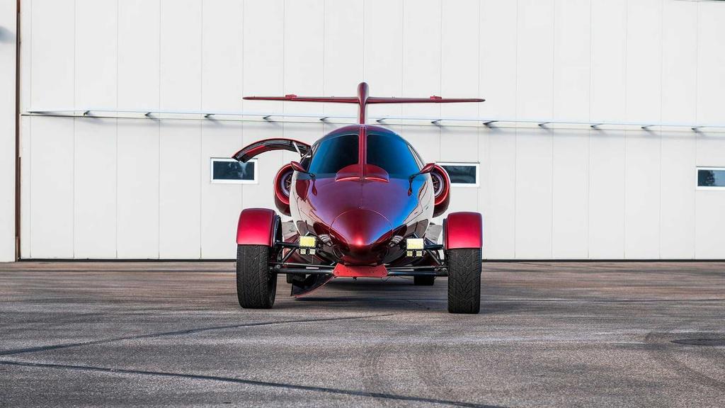 Limousine trong than xac may bay gia hon 1 trieu USD hinh anh 4 lear_based_custom_limo_jet_5_.jpg