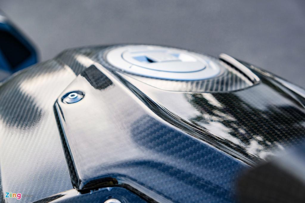 BMW S 1000 RR do dan ao carbon anh 4