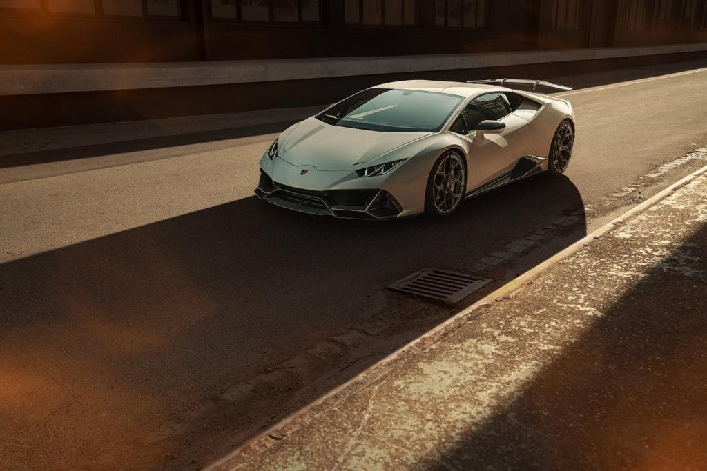 Lamborghini Huracan EVO voi goi do giam can, tang khi dong hoc hinh anh 1 Evo_1.jpg