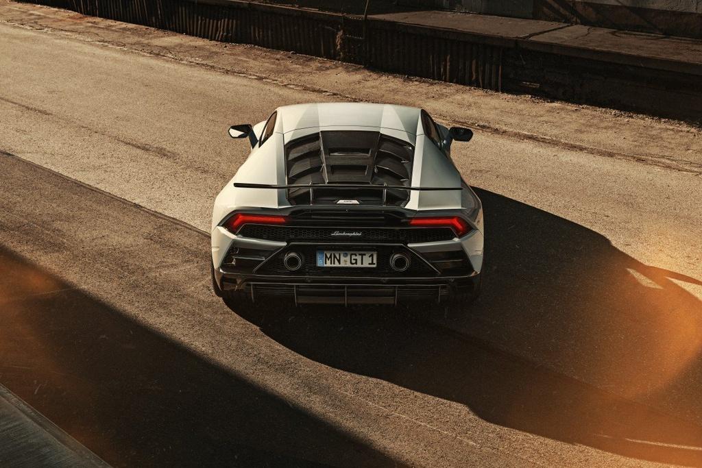Lamborghini Huracan EVO voi goi do giam can, tang khi dong hoc hinh anh 4 Evo_11.jpg