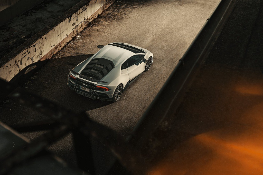 Lamborghini Huracan EVO voi goi do giam can, tang khi dong hoc hinh anh 2 Evo_2.jpg