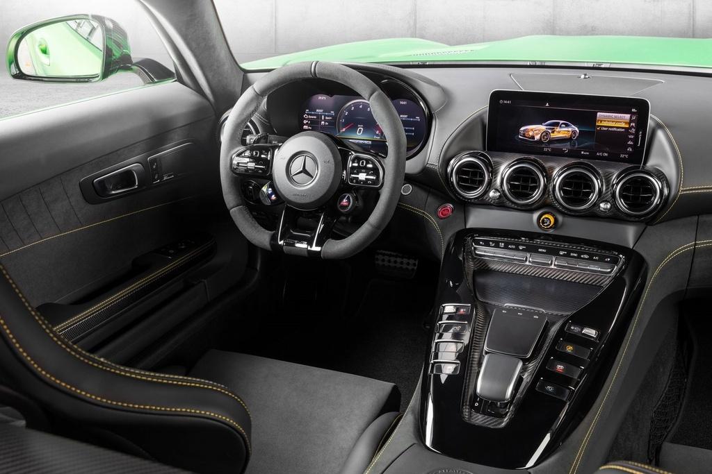 Mercedes-AMG GT R vua ra mat VN anh 5