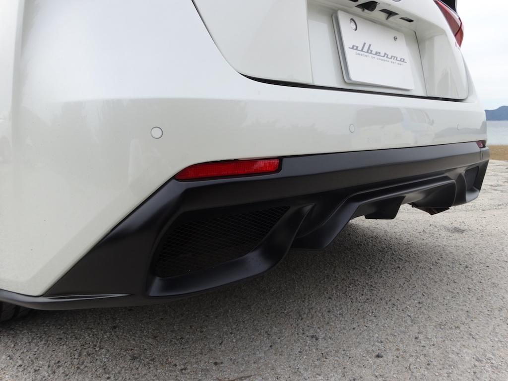 Toyota Prius hoa sieu xe Ferrari voi goi do 2.000 USD hinh anh 4 Toyota_Prius_Ferrari_22.jpg