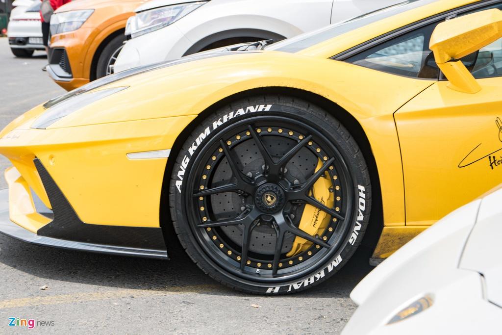 Lamborghini Aventador S lot xac voi goi do 70.000 USD anh 6