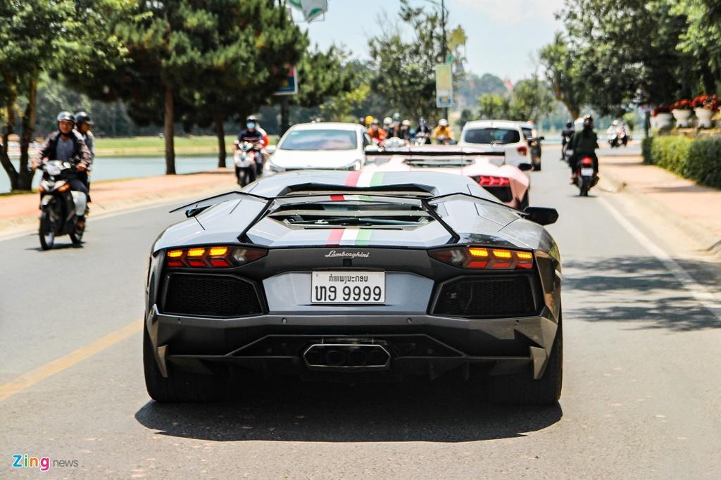 4 chiec Lamborghini Aventador do khung anh 4