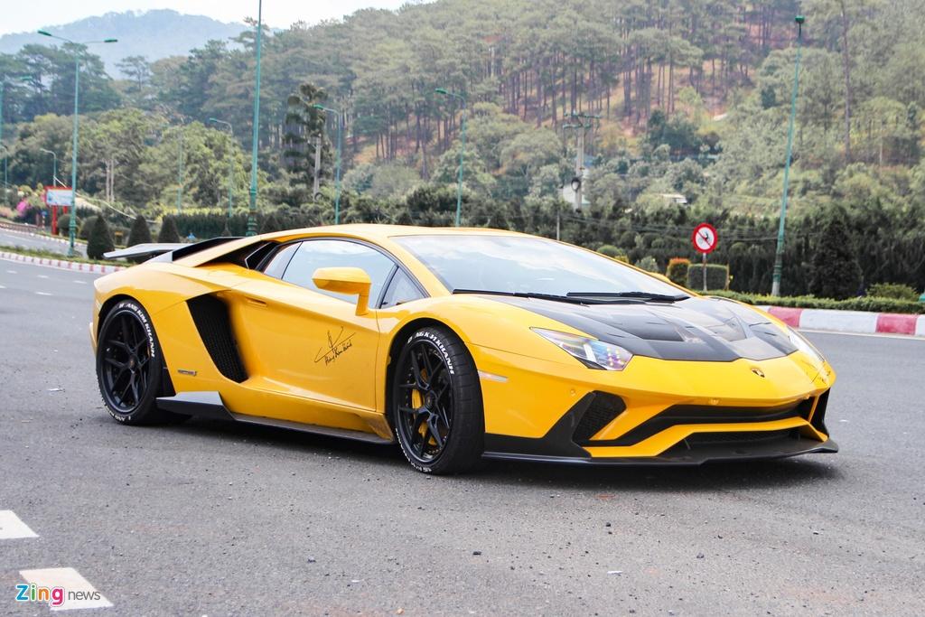 4 chiec Lamborghini Aventador do khung anh 7