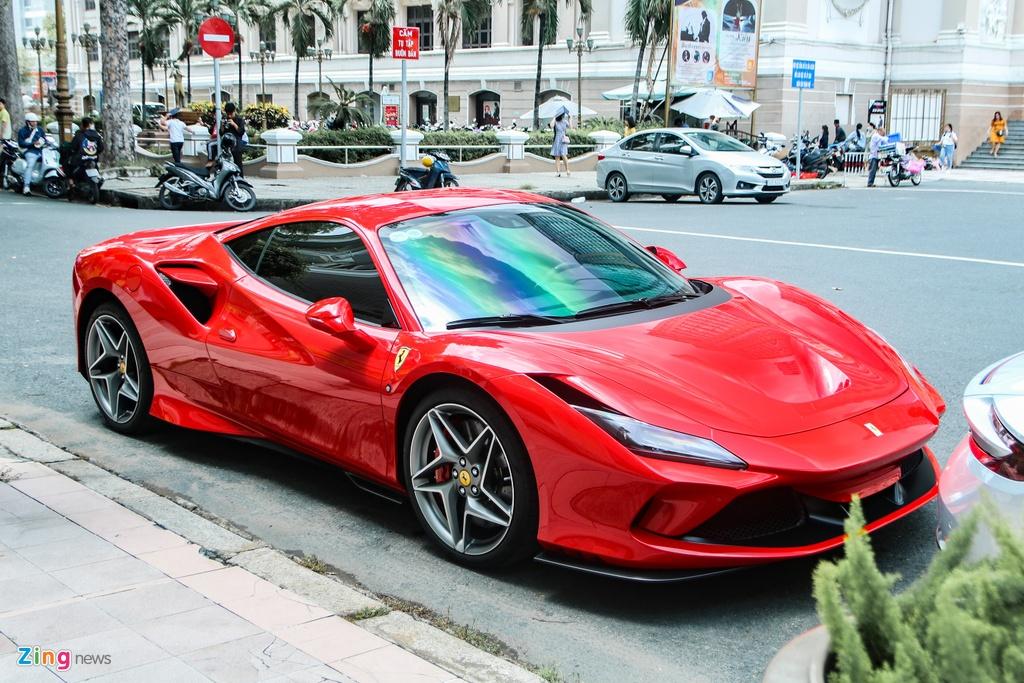 Chi tiet Ferrari F8 Tributo dau tien Viet Nam anh 4