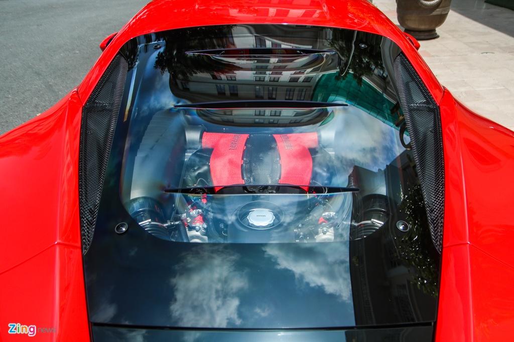 Chi tiet Ferrari F8 Tributo dau tien Viet Nam anh 12