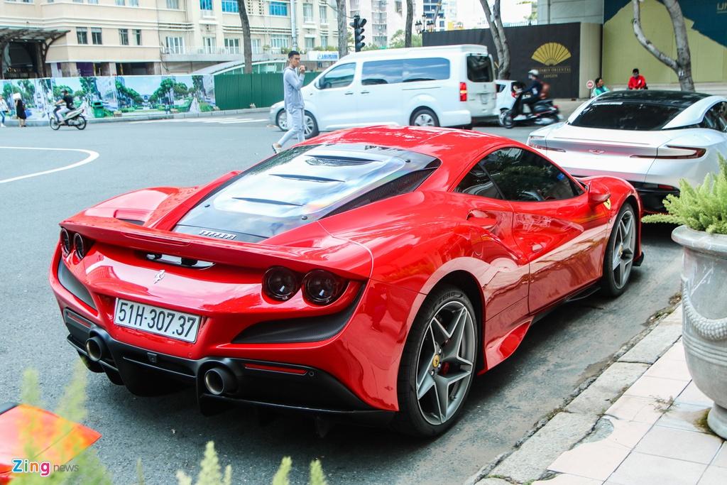 Chi tiet Ferrari F8 Tributo dau tien Viet Nam anh 2