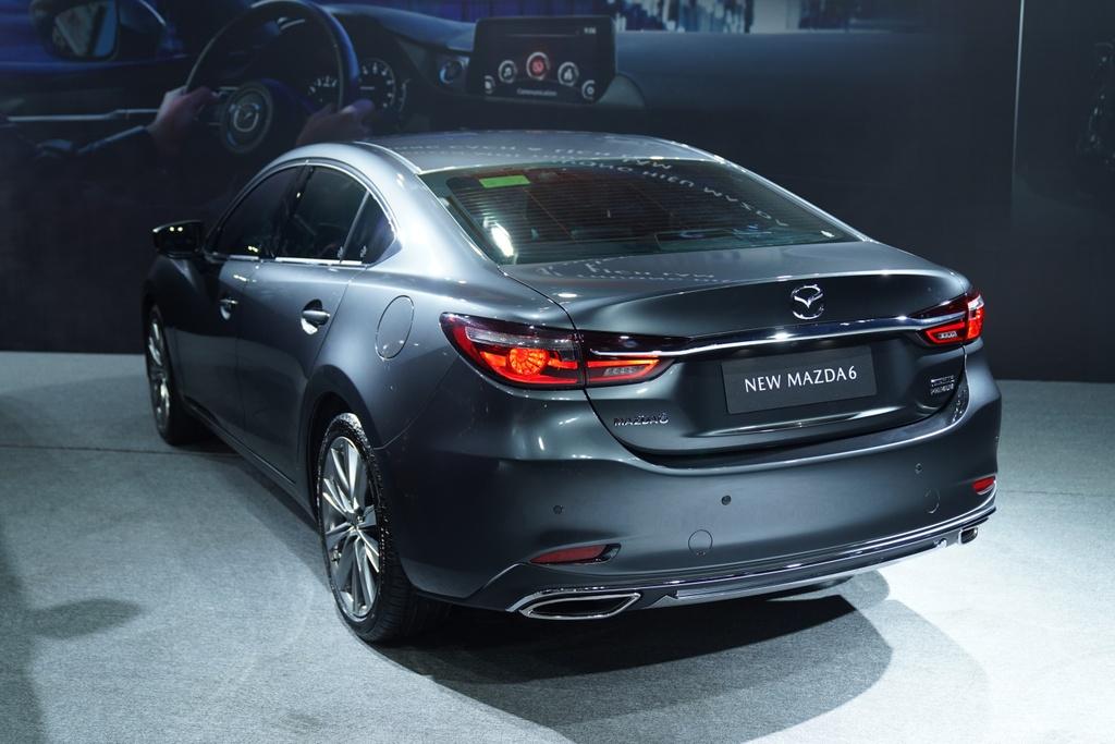 Mazda6 vua ra mat Viet Nam anh 7