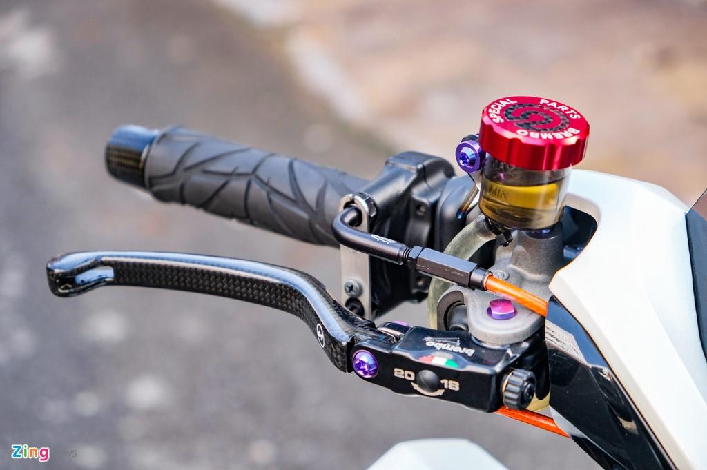 Biker Dong Thap chi hon 100 trieu do Honda Vario anh 4