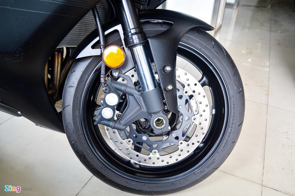 So sanh Yamaha R6 va Kawasaki ZX-6R anh 7