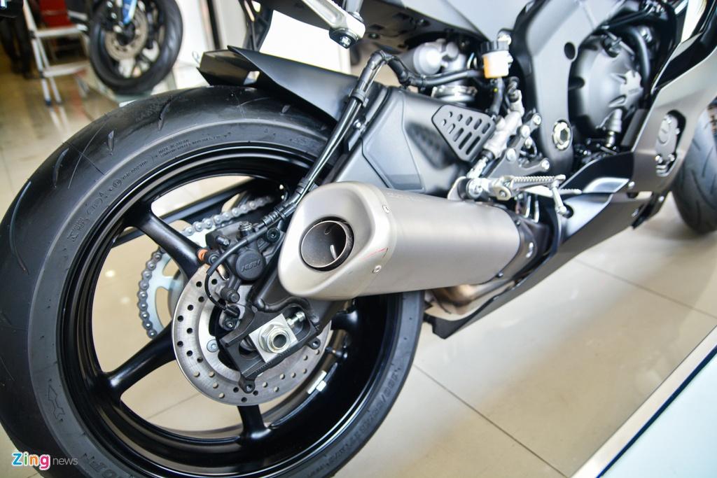 So sanh Yamaha R6 va Kawasaki ZX-6R anh 9
