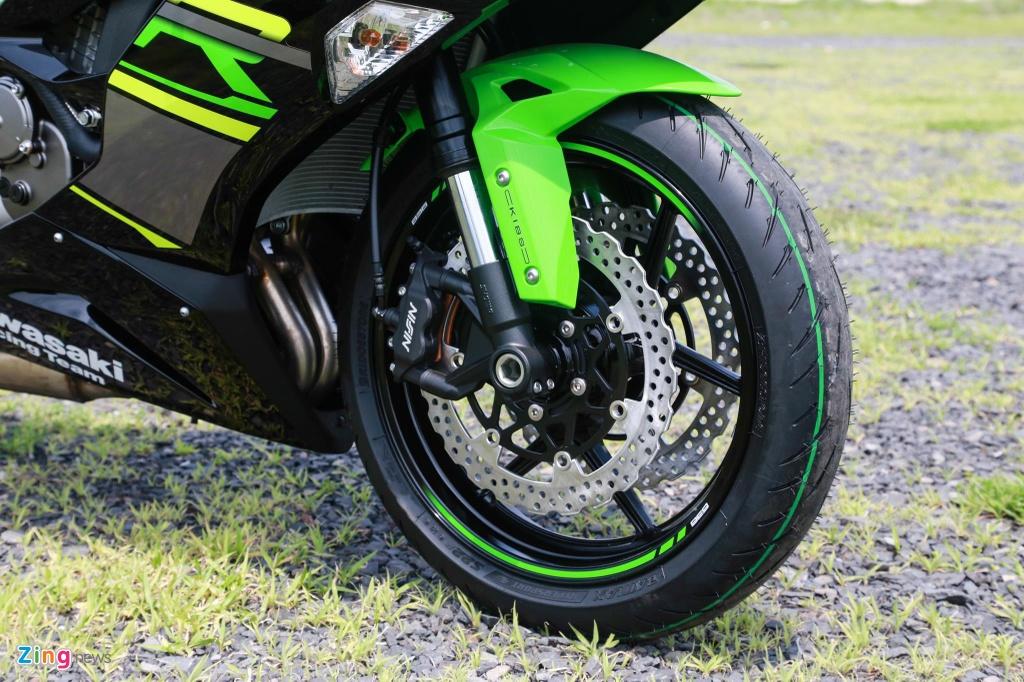So sanh Yamaha R6 va Kawasaki ZX-6R anh 8