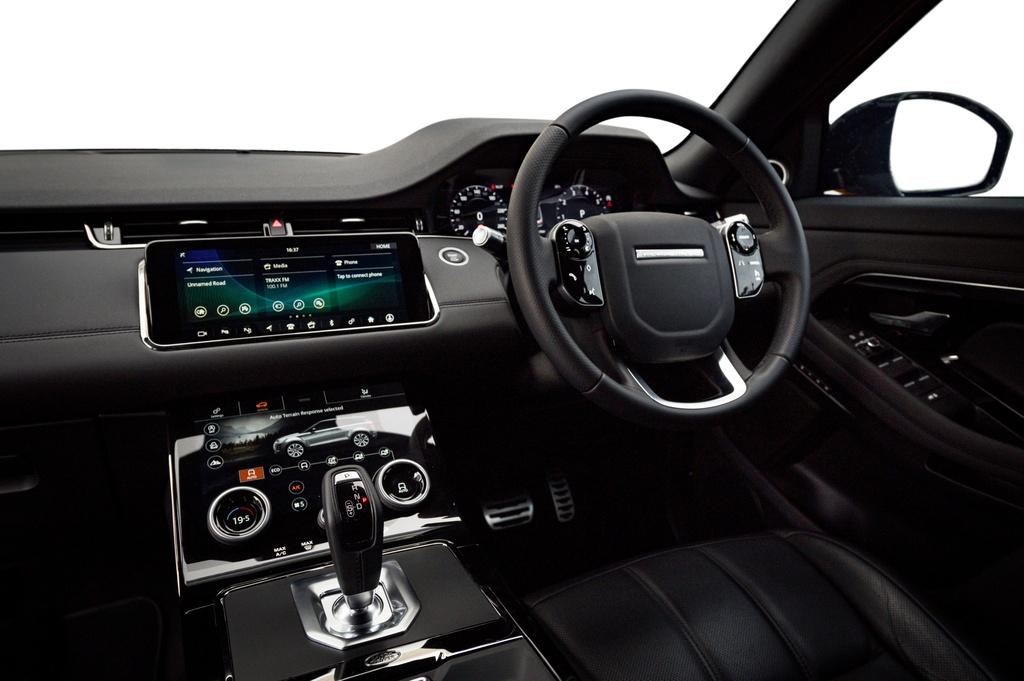 Range Rover Evoque 2020 co gia tu 99.500 USD anh 6