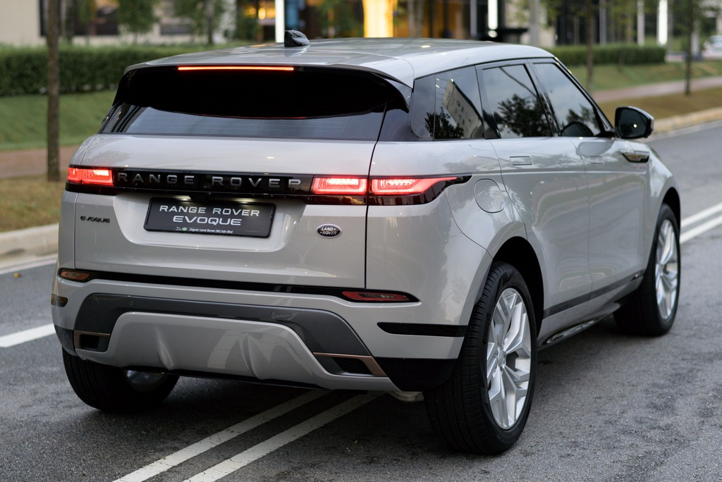 Range Rover Evoque 2020 co gia tu 99.500 USD anh 2